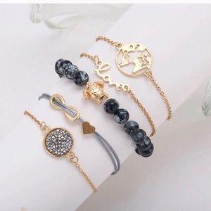 Bracelet bundle 🌸